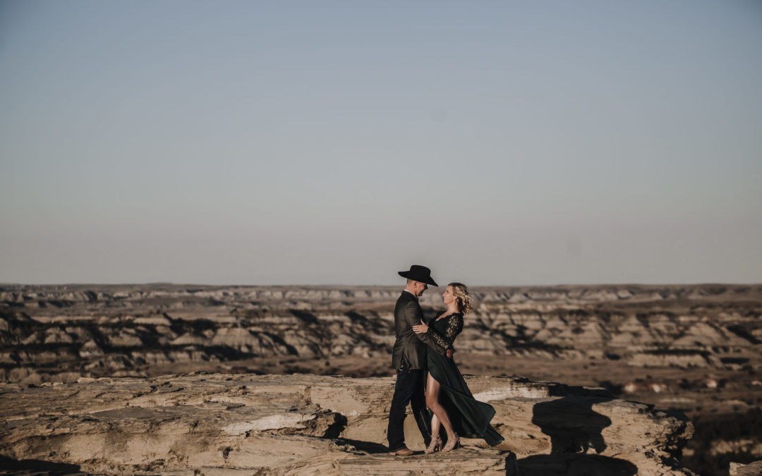rachael neva photgraphy engagement wedding badlands north dakota